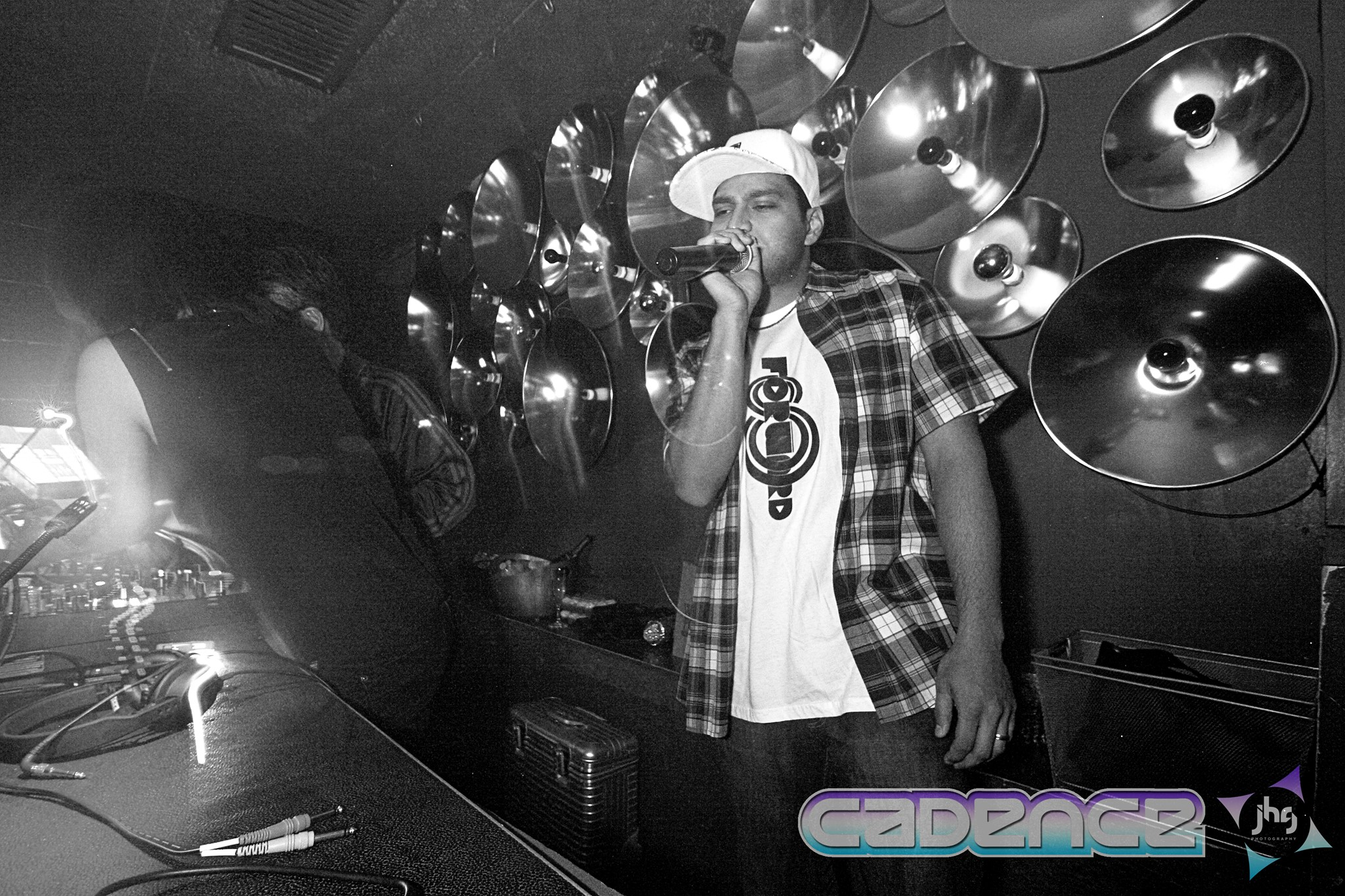Kinetiks MC on the mic w/ Vanniety Kills! @ Flash DC